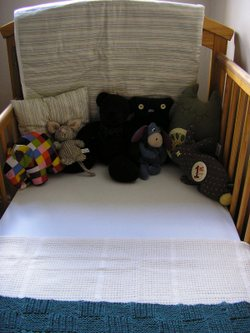 Cot_new_blanket_cushion