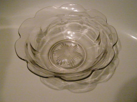 Glass_trifle_dish_from_george_entwi